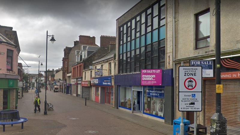 Complete car ban on busy Saltcoats shopping street