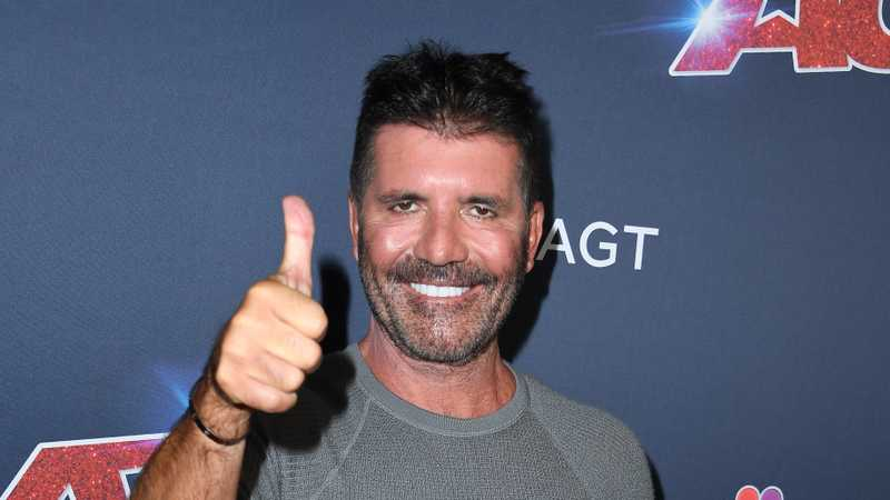 Simon Cowell shows off amazing 20lbs weight loss