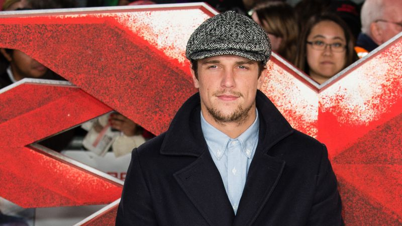 TOWIE's Lewis Bloor 'signs up' for EXPLOSIVE Ex on the Beach appearance