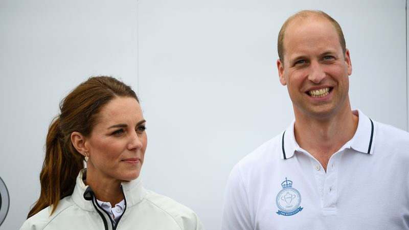 The Duke And Duchess Of Cambridge Have Been Spotted On A Budget Flight From Norwich To Aberdeen