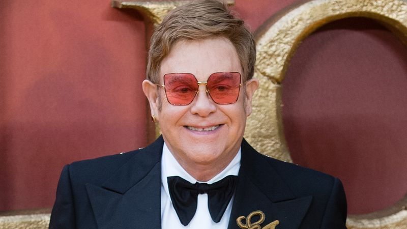 Star Stories (Elton John) - Daily Star