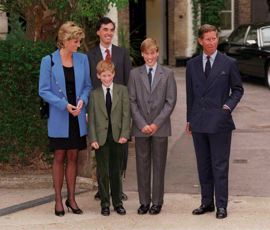 """Prince William """"title ="""" Prince William """"/> </source></picture><span class="""