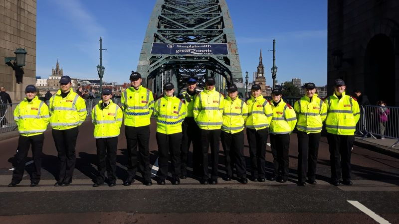Cadets congratulated by Chief Inspector for helping Great North Run spectator who collapsed