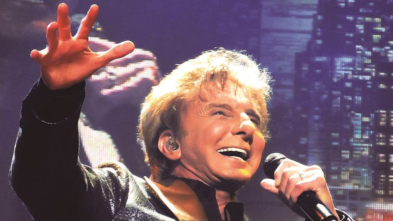 Barry Manilow returns to the Toon