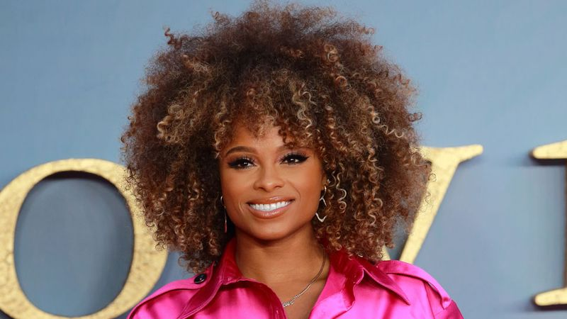 Fleur East looks totally unrecognisable as she unveils brand new hairstyle