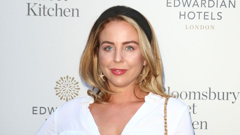 "Lydia Bright SLAMMED for posting ""too thin"" throwback picture"