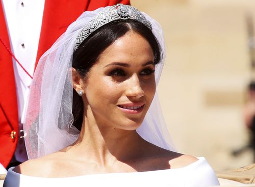 here s why harry blamed the queen s dresser after meghan markle was refused her first choice of wedding tiara grazia first choice of wedding tiara