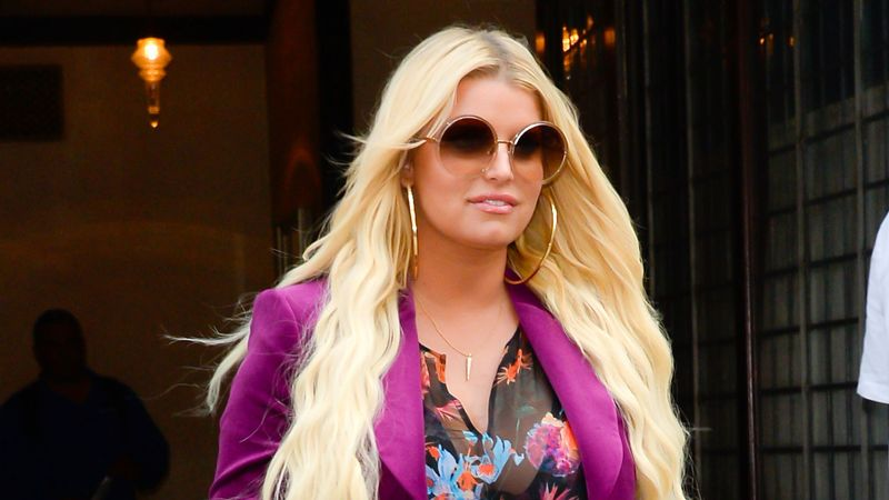 Jessica Simpson shows off seven stone weight loss