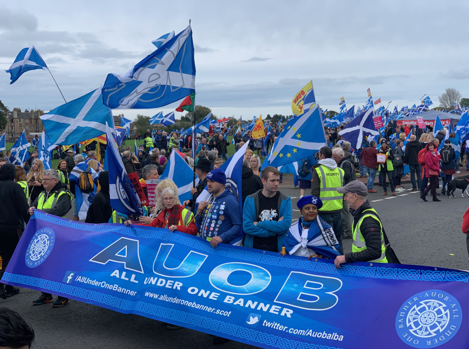 Thousands march for independence in Scottish capital