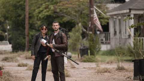 Full Trailer For The Latest Walking Dead Spin-Off