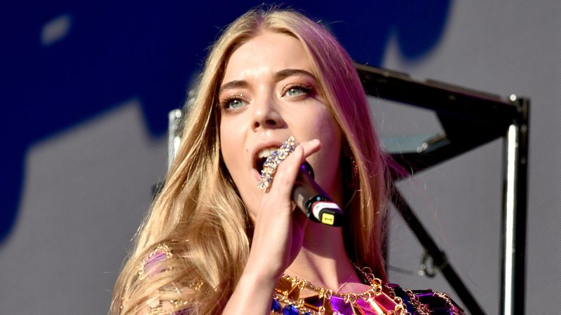 Becky Hill reveals what she's got planned for Hits Live 🙌