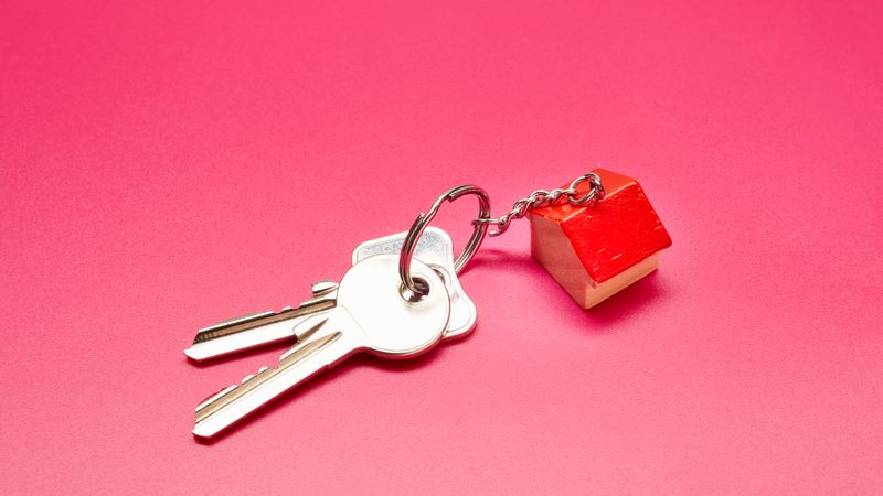The Pitfalls Of Using The Bank Of Mum And Dad When Purchasing Your Home