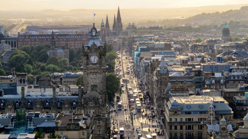 Edinburgh Council's carbon targets will be 'really, really difficult' to meet, says expert