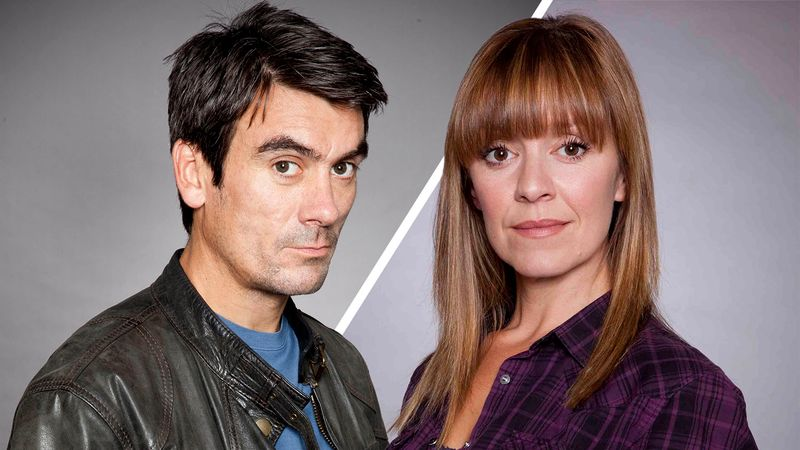 Eagle-eyed Emmerdale fans spot reference to real-life Cain and Rhona romance
