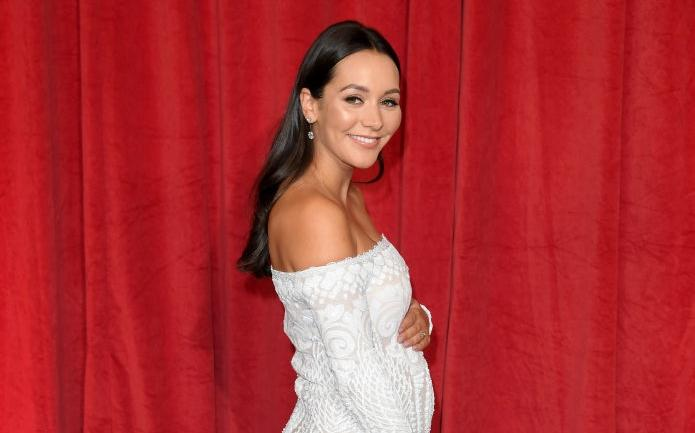 Hollyoaks actress Nadine Mulkerrin releases nude photo after birth