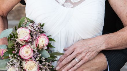 A Guide To Renewing Your Wedding Vows Life Yours