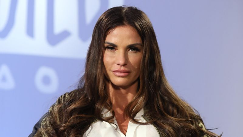 Katie Price promoting 'sex toys' and fans in hysterics