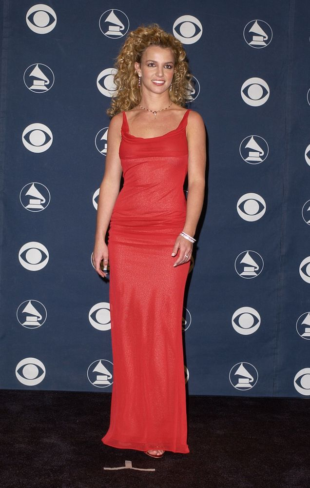 31 Britney Spears Fashion Moments We Re Still Obsessed With