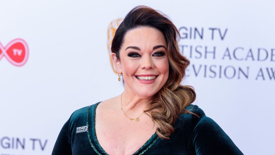 Lisa Riley shares INCREDIBLE throwback pic from CORRIE