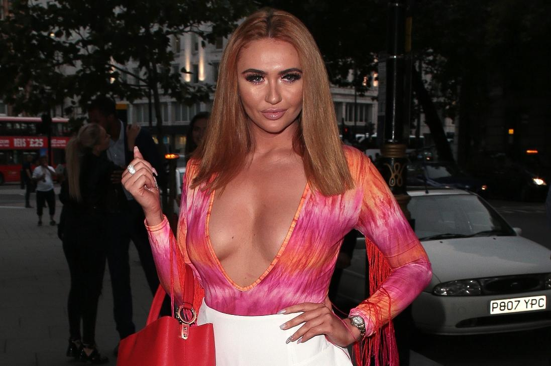 Charlotte Dawson confuses fans with hairy hand upload on Instagram