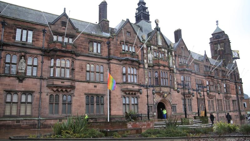 Calls for Coventry City Councillor to resign over same sex relationship comments