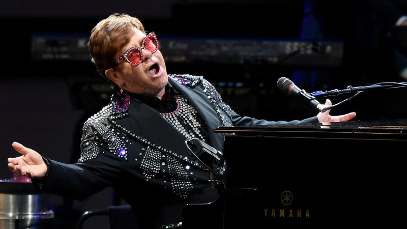 Elton John announced to perform Rocketman original song at the Oscars