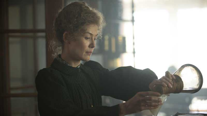 Rosamund Pike Is Marie Curie In The Radioactive Trailer