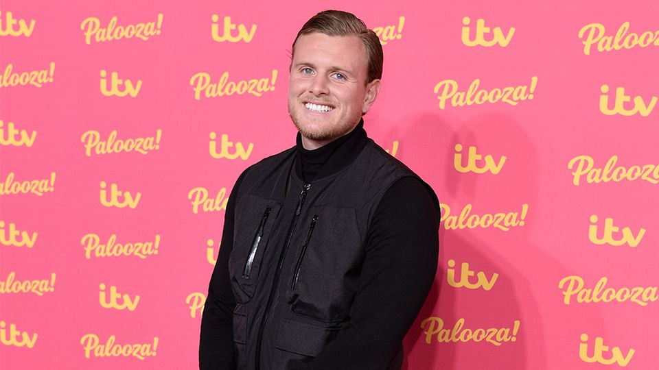 TOWIE: Tommy Mallet shows off incredible body transformation after 12 months 'persistence'