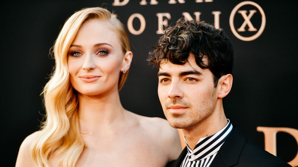 Sophie Turner Is Allegedly Pregnant At 23 - What Is The 'Right' Age To Become A Mum?