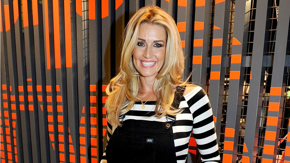 RHOC's Leanne Brown praised for sharing bloody and calcified breast implant