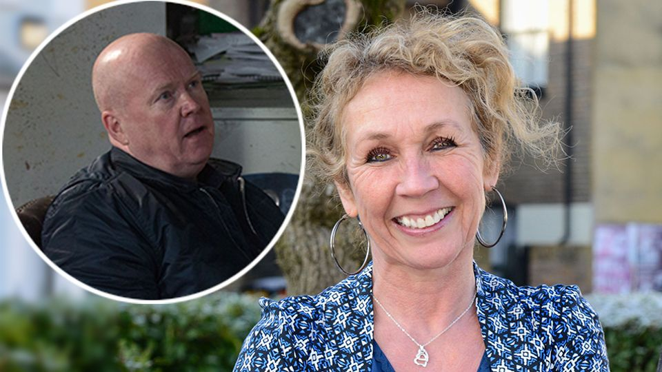 EastEnders fans STUNNED as barmaid Tracey reveals Phil Mitchell's saucy secret