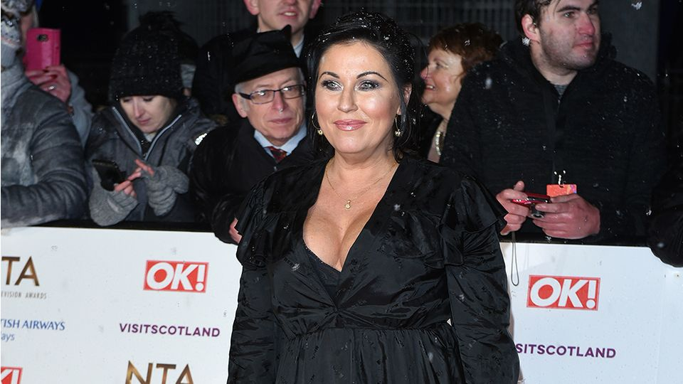 Discover Eastenders' Jessie Wallace's quirky London home with flower wall and cool vintage fixtures
