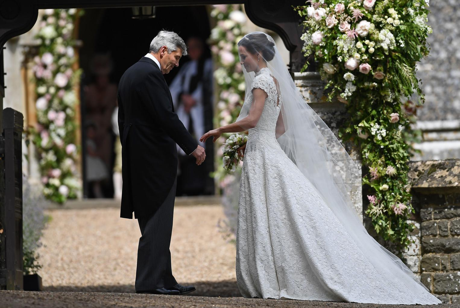 the best ever celebrity wedding dresses ellie goulding meghan markle and kate middleton grazia the best ever celebrity wedding dresses