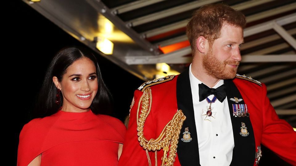 Harry And Meghan Lose 200,000 Instagram Followers
