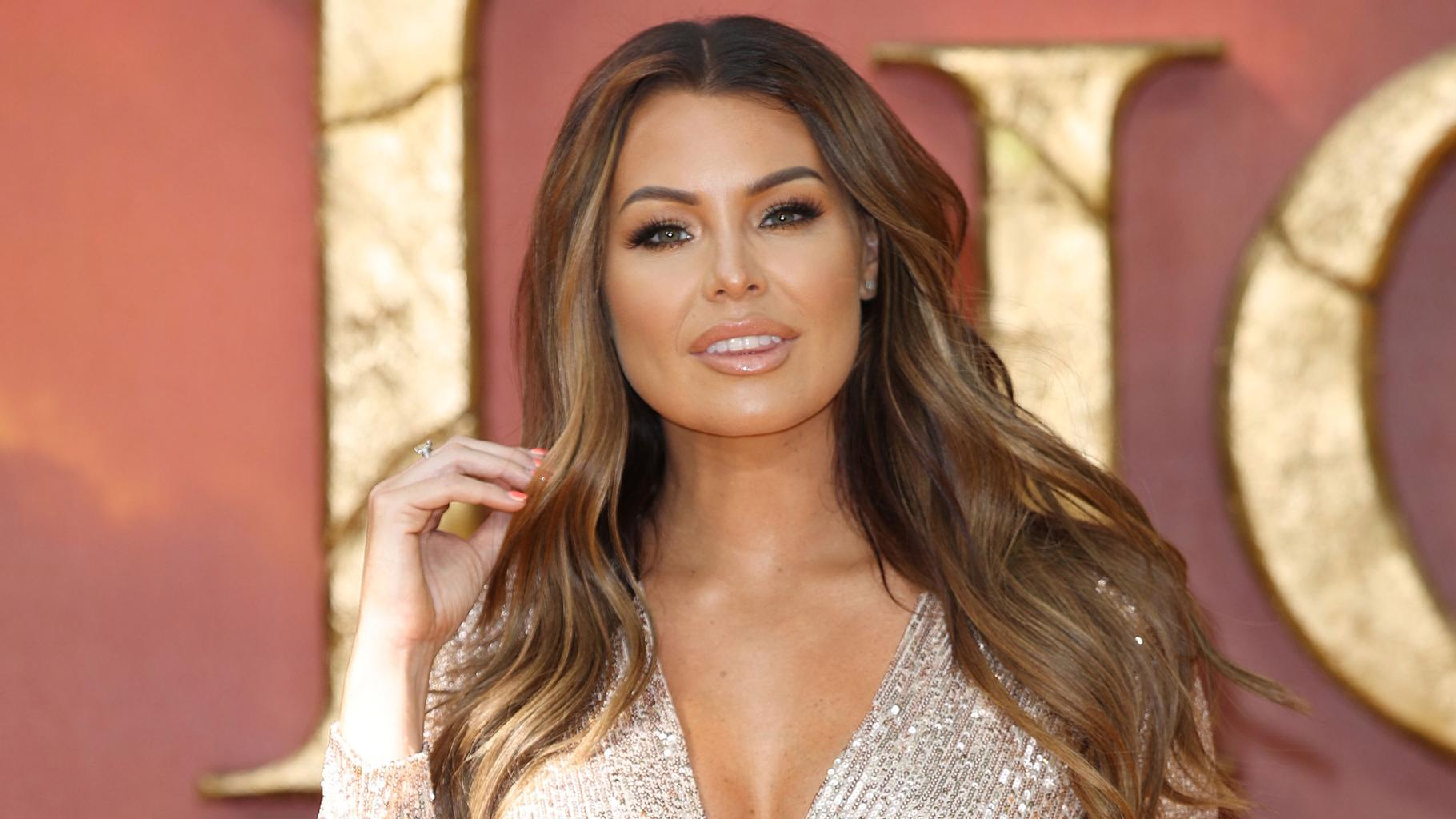 Jessica Wright Shares First Wedding Dress Mother And Daughter Photo Closer