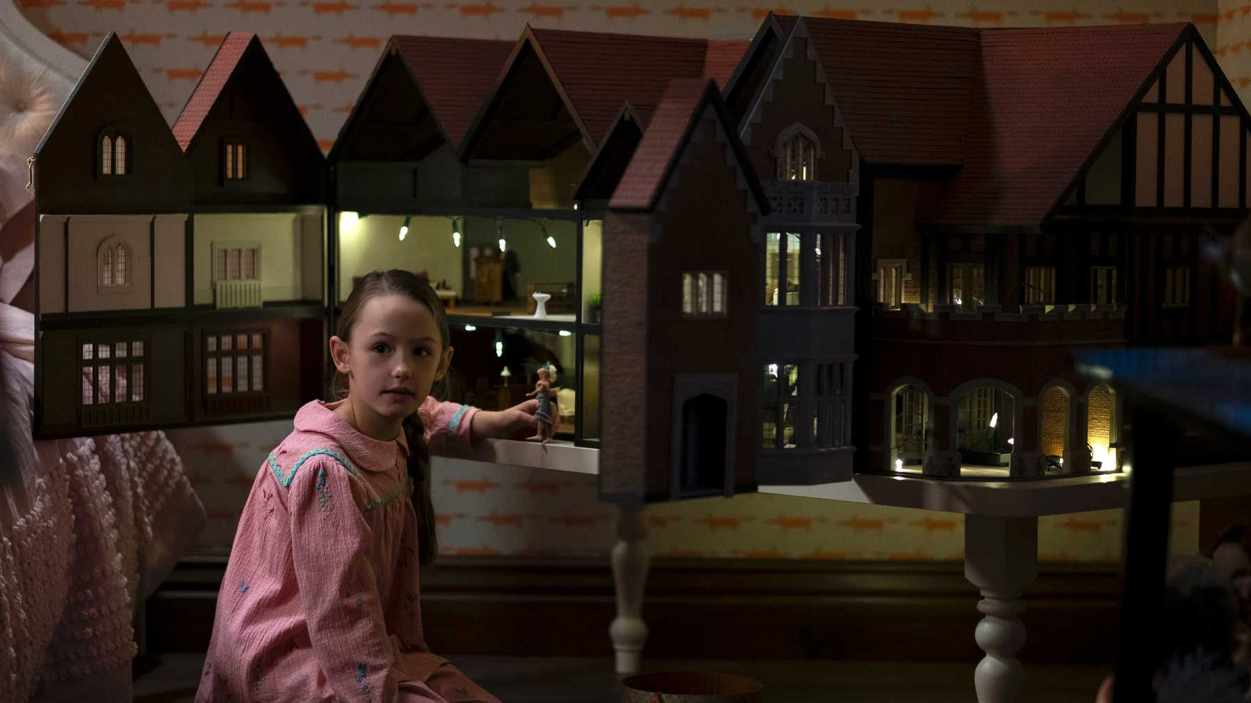 The Haunting Of Bly Manor Unleashes A Creepy New Trailer Movies Empire