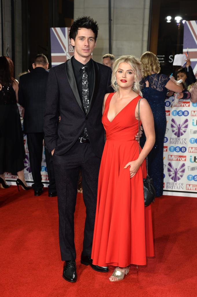 Corrie S Lucy Fallon Sleeps Next To Photo Of Ex Despite Growing Close To Youtube Star Closer