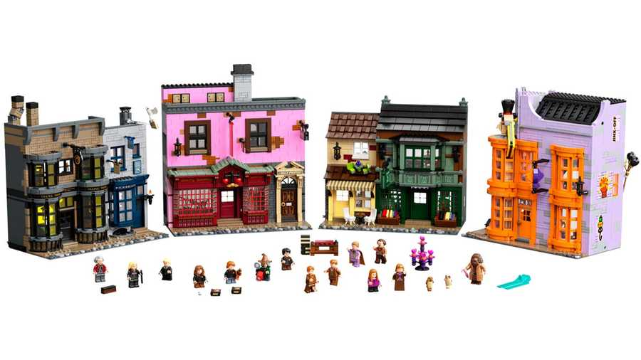 LEGO Harry Potter – Diagon Alley, £369.99