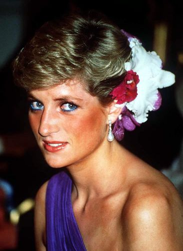 this is the modern way to copy princess diana s iconic hairstyle grazia grazia daily