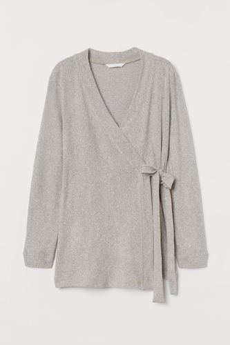 Best tops and dresses for breastfeeding