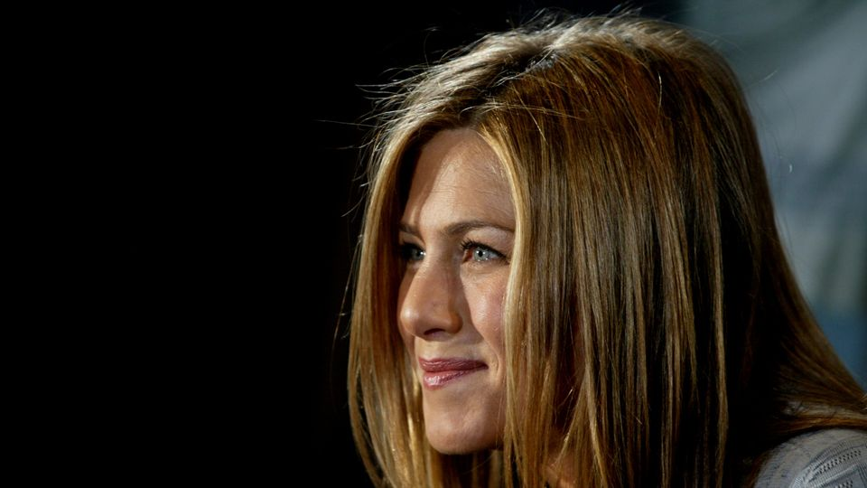 For The Record, The Jennifer Aniston Adoption Story Isn't Any Of Our Business