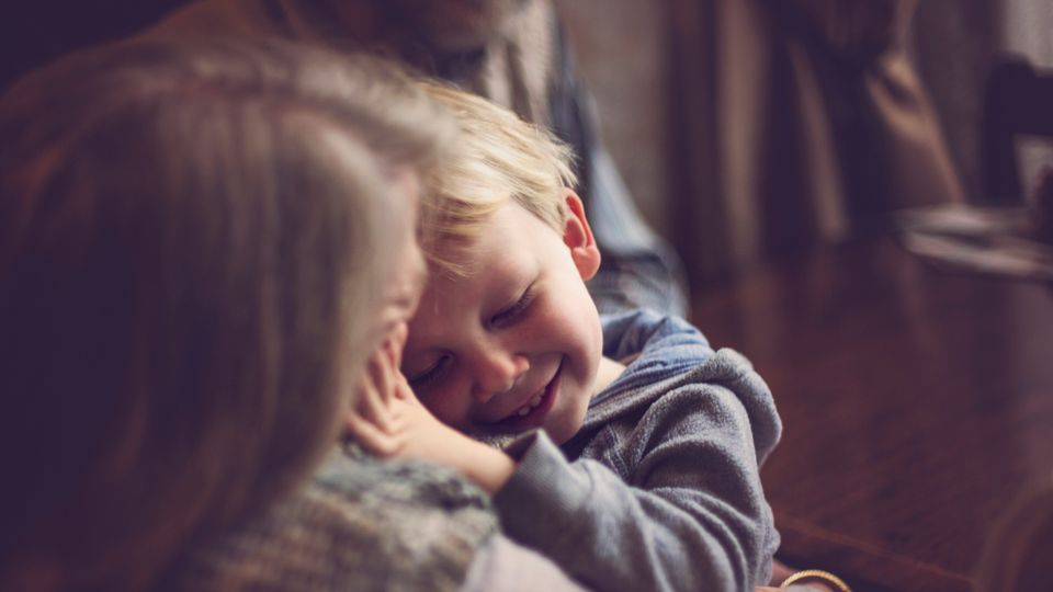 The New Rules For Grandparents When Can Your Children Hug Them And Will It Be Safe Grazia