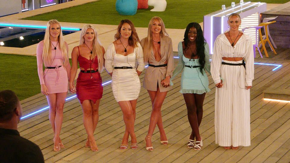 The Stars Of Love Island May Be Taking Their Fashion Cues From These '90s Celebs