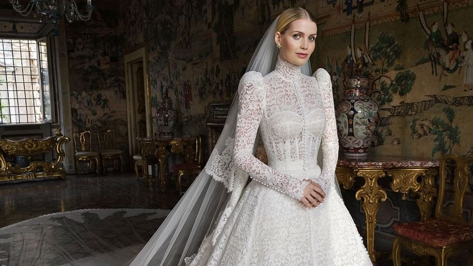 Lady Kitty Spencer Wore Five Dresses From Dolce & Gabbana For Her Extravagant Wedding In Rome