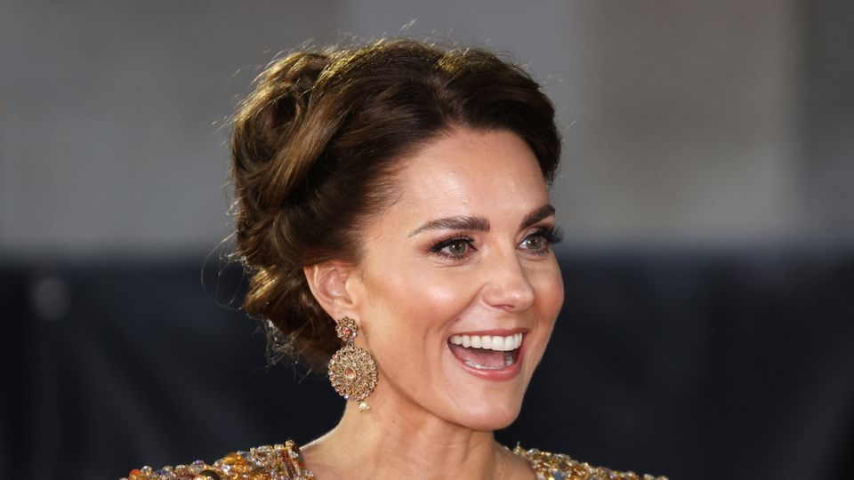 Kate Middleton Gets A Head Start On One Of AW21's Biggest Trends At The No Time To Die Premiere