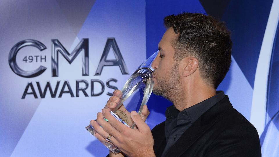 The CMAs are coming to UK TV screens!   Music - Downtown Country